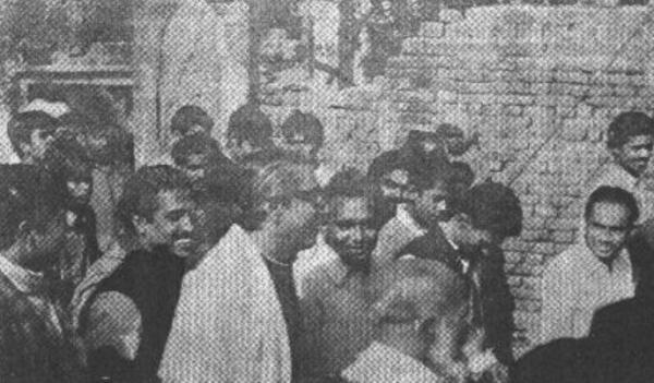 মুক্তিযুদ্ধকালে পুরান ঢাকার নিপীড়নের ঘটনা শোনেন বঙ্গবন্ধু