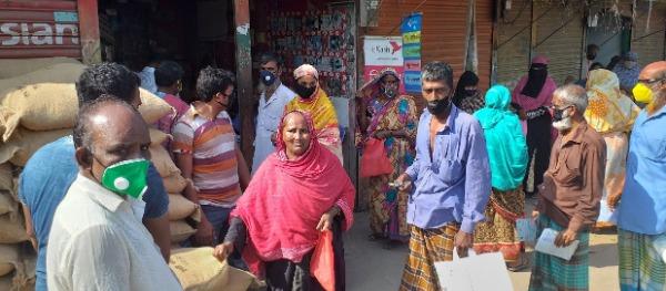 মুন্সীগঞ্জে ১০ টাকা কেজির চাল বিতরণ