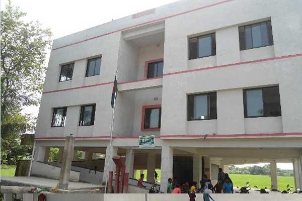 ঘূর্ণিঝড় আম্পান মোকাবেলায় উপকূলীয় জেলায় জোর প্রস্তুতি