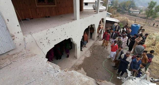 গুলির লড়াইয়ে ভারতের ১০ ও পাকিস্তানের ৫ জন নিহত