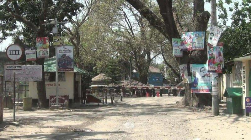 হিলিতে পণ্য রফতানি বন্ধের ঘোষণা ভারতীয় ব্যবসায়ীদের