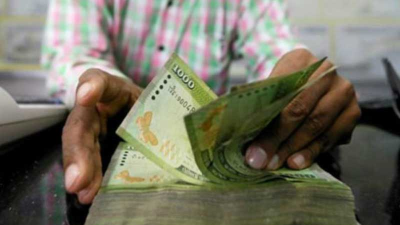 অর্থনীতি বাঁচাতে শুধুই মুদ্রা ছাপিয়ে চলেছে শ্রীলংকা