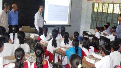 খুলছে শিক্ষা প্রতিষ্ঠান, আনন্দ-উদ্বেগে অভিভাবকরা