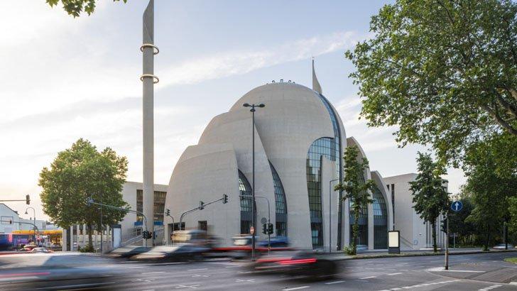 জার্মানিতে মসজিদে আজান দেওয়ার অনুমতি